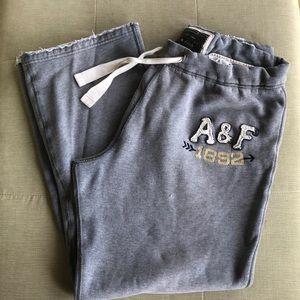 Abercrombie and Fitch men's sweatpants, size L